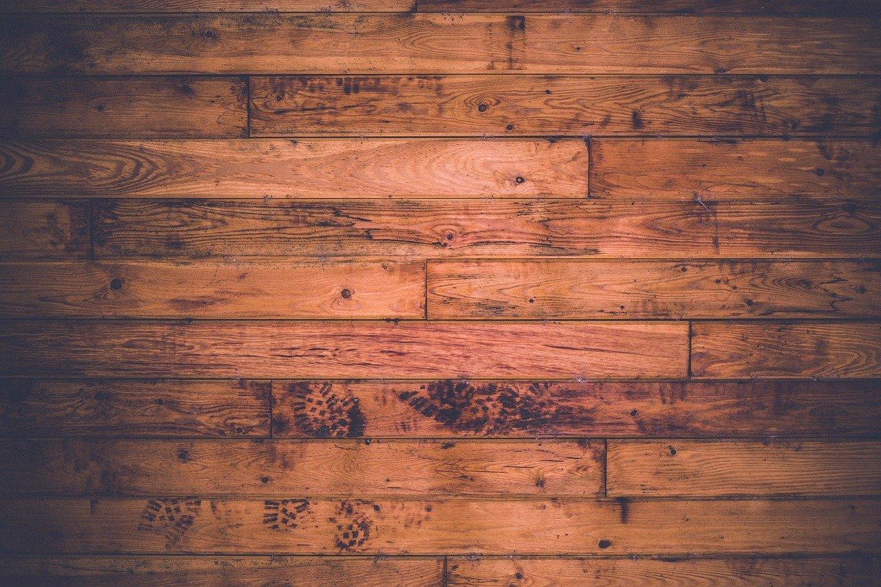 Podłoga na tarasie – taras z deski modrzewiowej