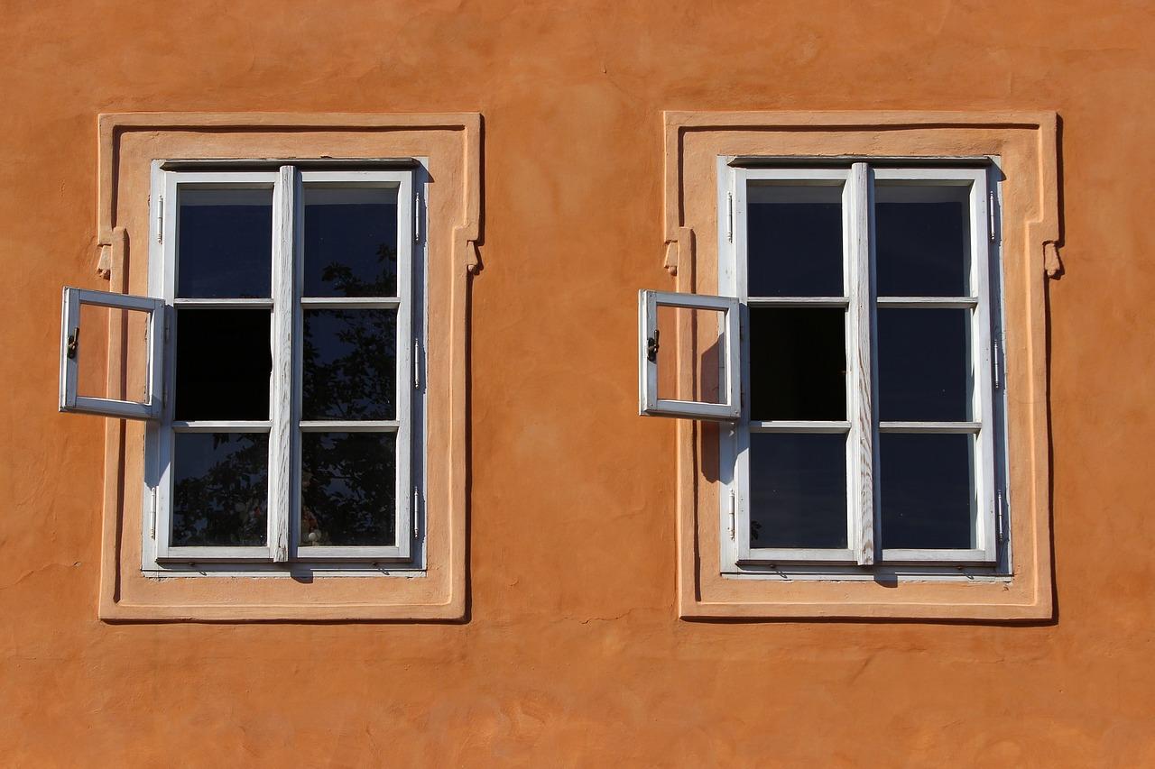 Jakie okna lepsze białe czy brązowe? Czyli jaki kolor okien wybrać?